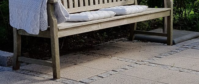 id på at finde inspiration til, hvad du skal lave af projekter i haven hertil sommer. Skal du måske lægge nu terrasse med betonfliser eller plante nye blomster?